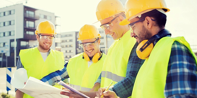 Accounts Receivable Management: 3 Smart Ways to Handle A/R in Construction